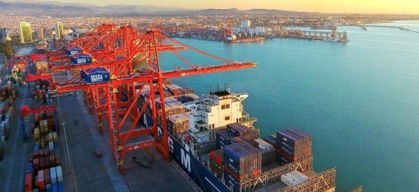 ميناء مرسين التجاري