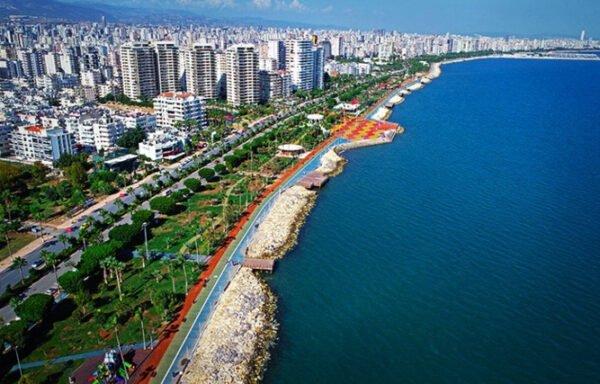 امتداد مدينة مرسين 372 على ساحل البحر