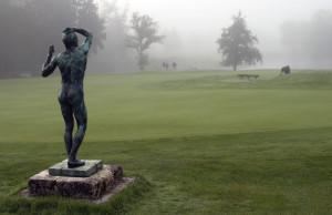 Les Bordes statue