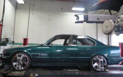 BMW 5 series(E34) in for a Complete Suspension & Brake Overhaul