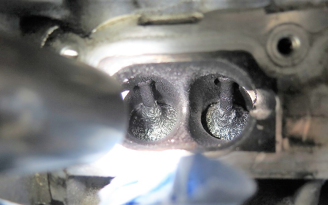 Audi in for a Valve Cleaning- This process is called Walnut