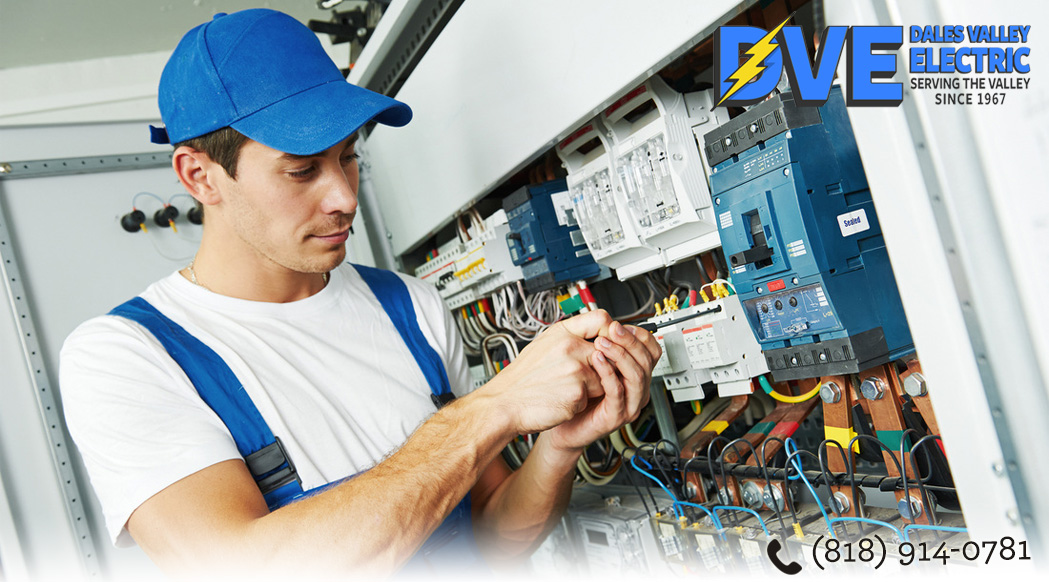 Experienced Electric Company in Chatsworth Makes Sense