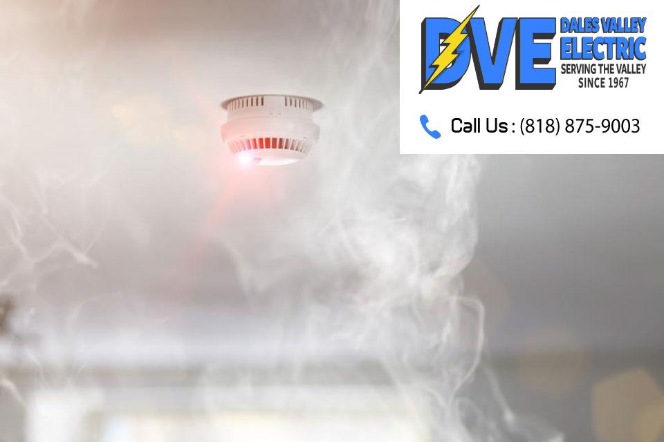 Let Your Van Nuys Electrician Plug In Your Smoke Detectors