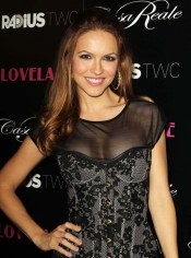 Chrishell Stause5