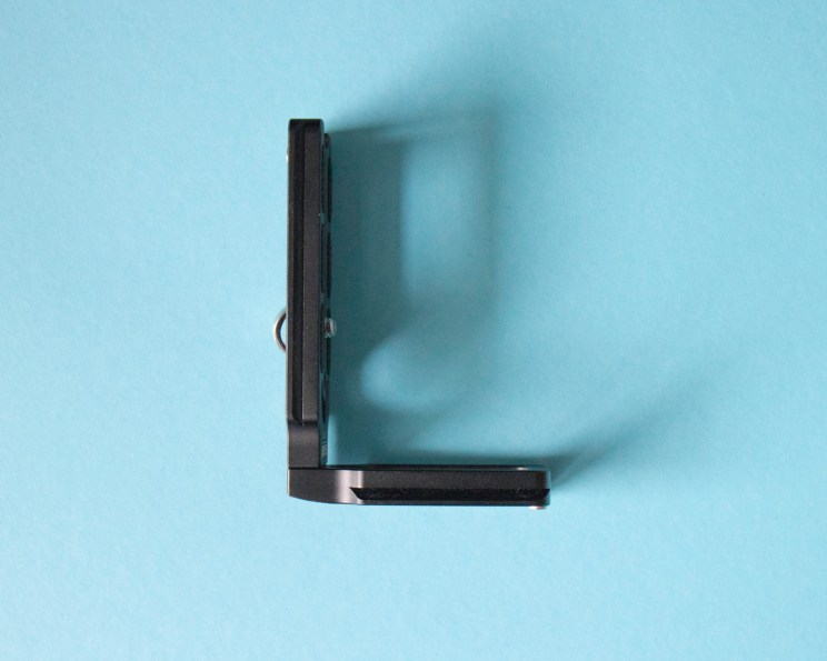L-plate is a real life-saver kind of photography gear! You can switch on tripod from landscape to portrait superfast.