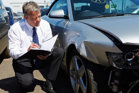 Car accident insurance appraiser