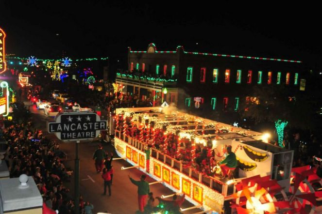 10best-holiday-events-grapevine-facebook_54_990x660