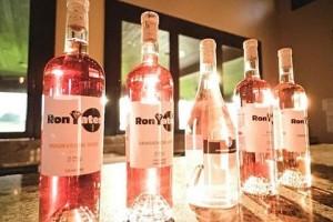 Ron-Yates-Wines-Texas-Rose-2019-300x200