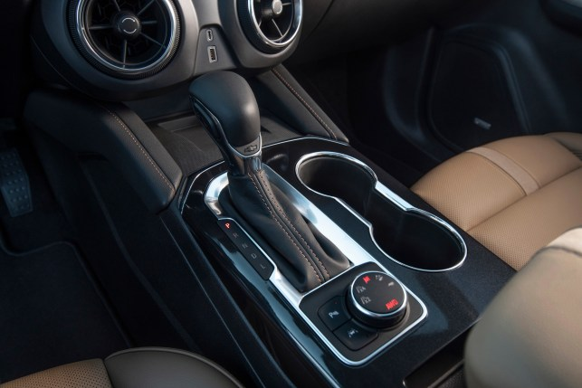 2019 Chevrolet Blazer console with shifter and drive mode selector(JESSICA LYNN WALKER)
