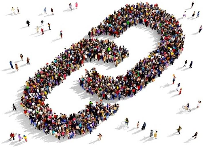 Social Media 101: Link shorteners make it easy to share your content on social media. | DAllisonLee.com