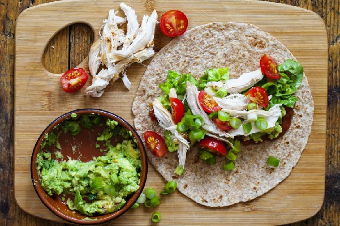 15 Healthy, Yummy Chicken Wraps