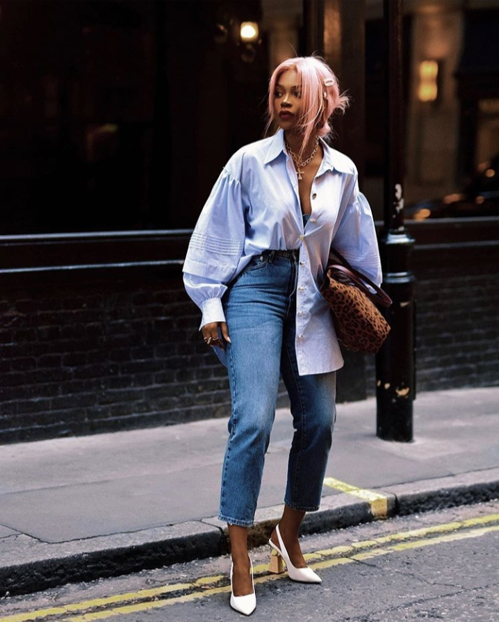 How to Tuck in a Shirt – The Ultimate Women's Guide