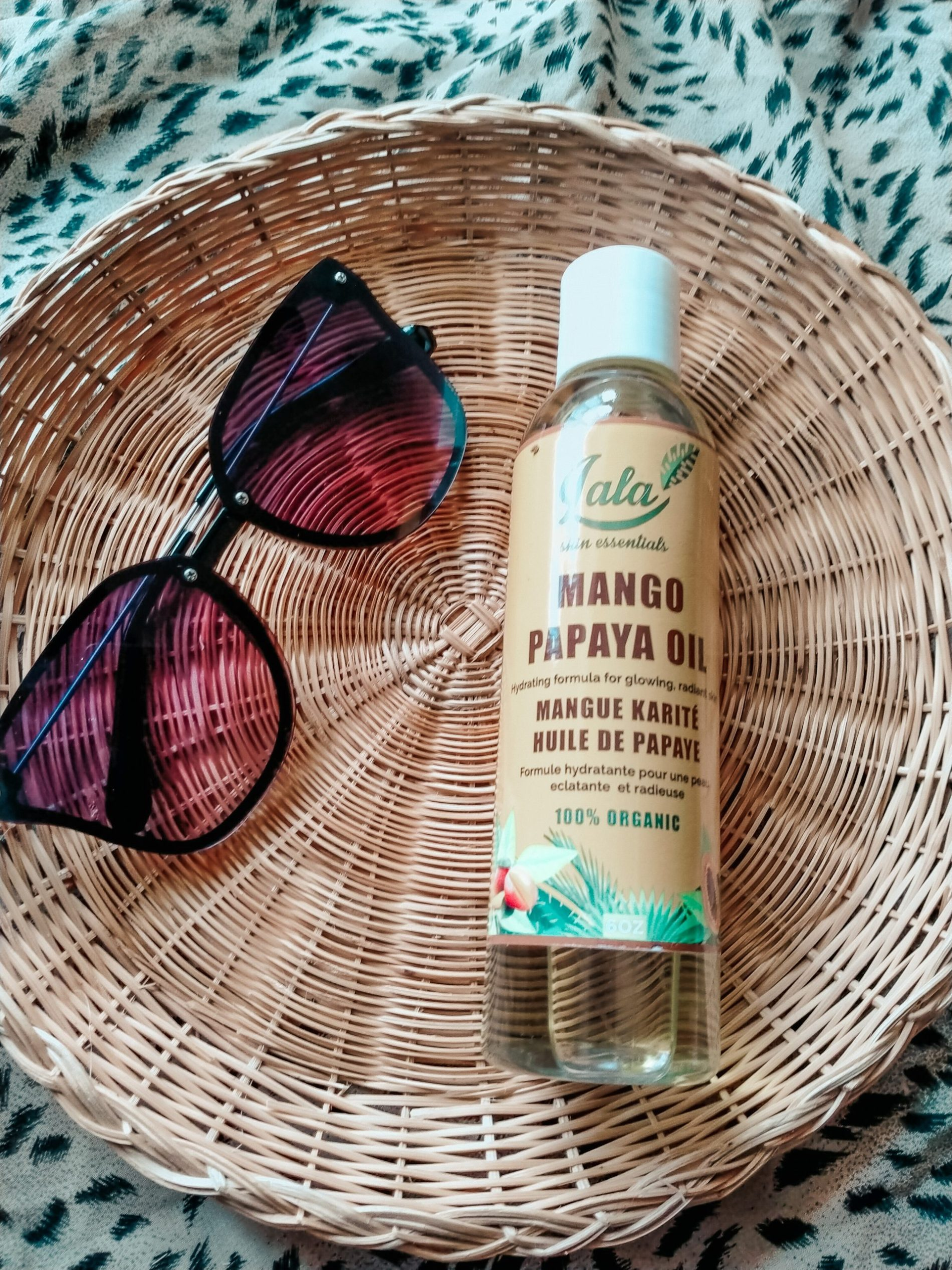 This Mango Papaya Body Oil Is A Multitasker Soon to Replace Your Body Lotion!