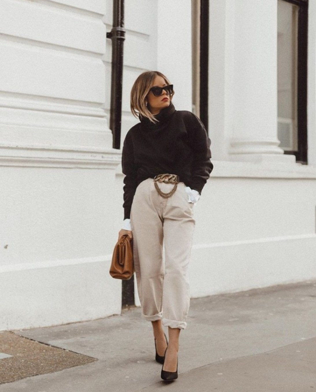 Women's Cuffing Pants Guide: How To Cuff Pants Like A True Fashionista