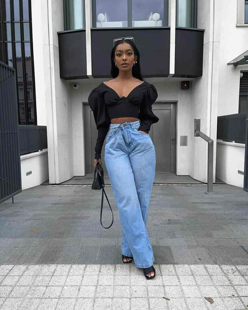 How to Style Mom Jeans & Look Modern