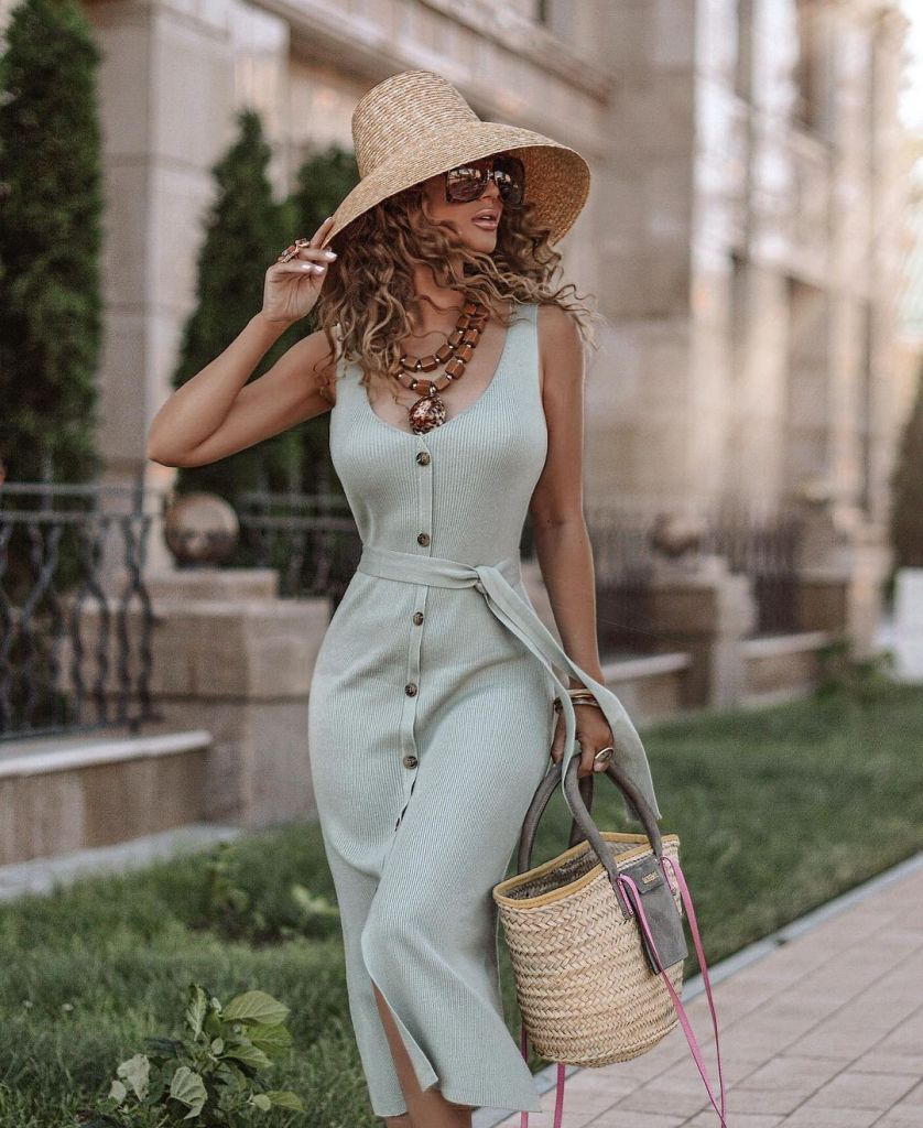 How To Style Your Summer Dresses For Every Season
