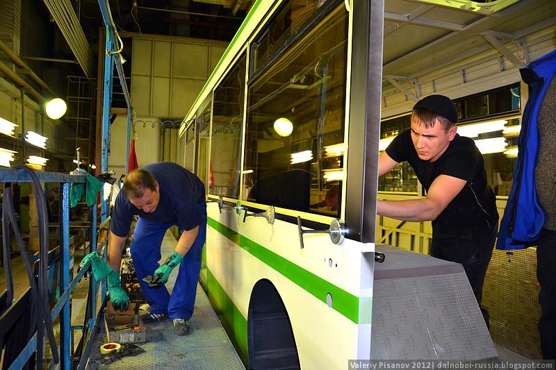 https://i1.wp.com/dalnoboi.org/wp-content/uploads/2012/02/LIAZ_Likinskii_avtobusnyi_zavod_047.jpg