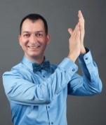 ceremoniamester-eskuvore-street-gabor-huba-taps-kicsi
