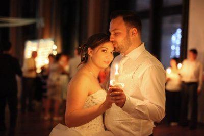 Esküvői hagyományok: gyertyafénytánc