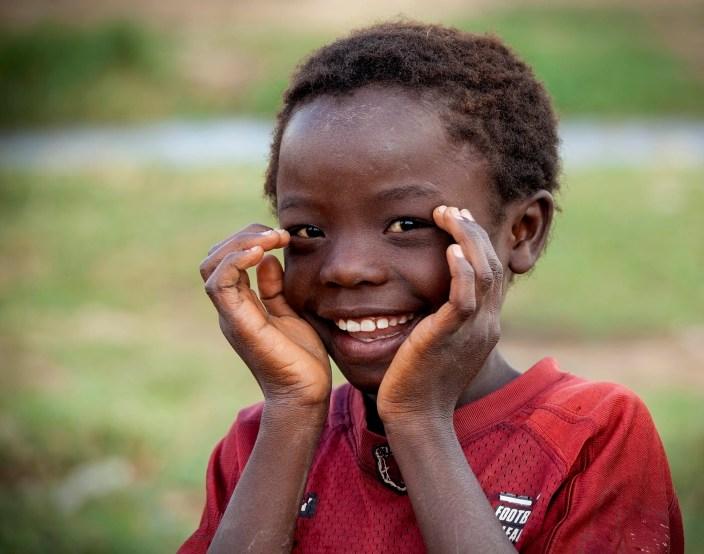 Peek-a-boo, Africa
