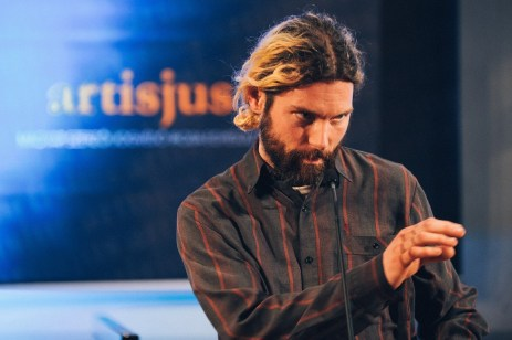 Szabó Áron Vasaló mondta el, miért fesztiválnak ítélték oda az év könnyűzenei produkciója díjat.
