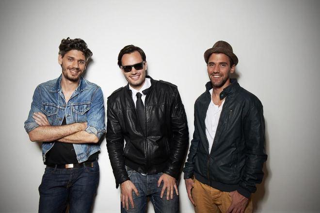 Kelemen Kabátban balról jobbra: JumoDaddy, Szerecsenkirály, M-Papa