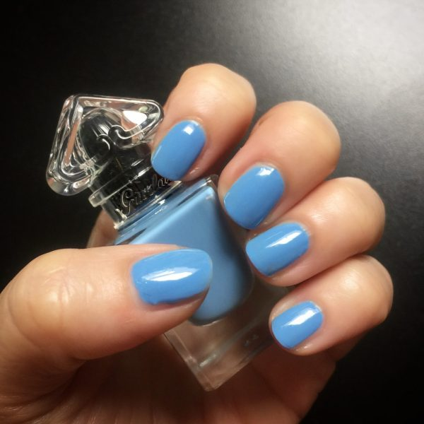 GUERLAIN_Deliciously_Shiny_Nail_Color_Denim_Jacket_swatch