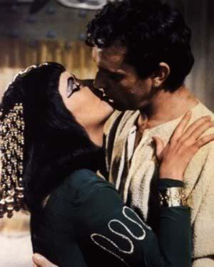 cleopatra kiss