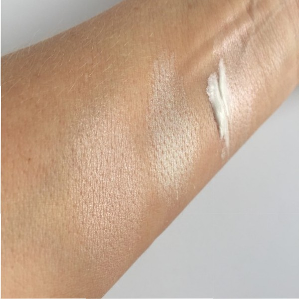 Joe Fresh highlighter swatch