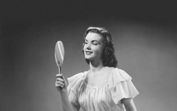 vintage woman mirror