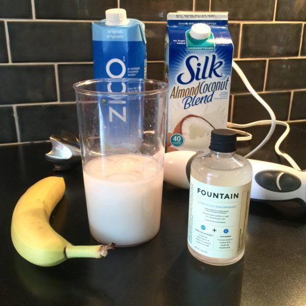 DECIEM Hyaluronic Molecule smoothie