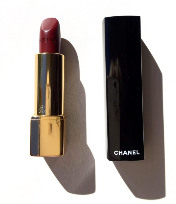 CHANEL Rouge Allure Lipstick in UltraBerry
