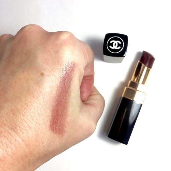 CHANE Coco Codes Rouge Coco Shine Noir Moderne swatch