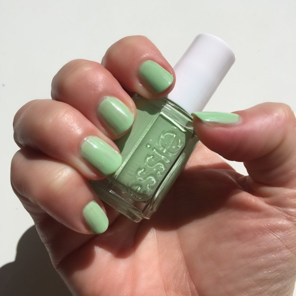 Essie Going Guru resort 2016 dalybeauty