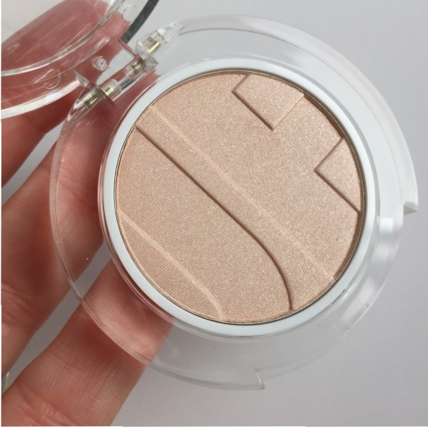 Joe Fresh Highlighter Powder Champagne review