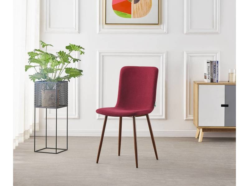 chaise scandinave en tissu bordeaux