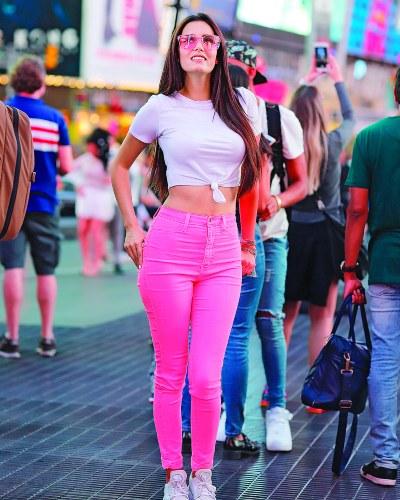 LA OBLIGADA. Aunque ha ido varias veces a Nueva York, no podía faltar su foto en Times Square. Foto: Cortesía