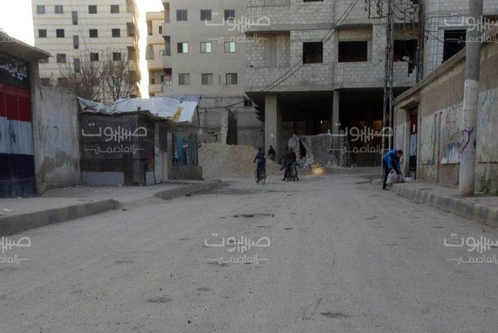 تزامناً مع تطبيق حظر التجوّل.. سرقات تطال 10 منازل ومحال تجارية جنوب دمشق