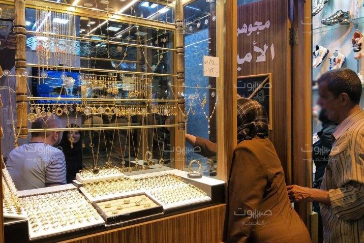 تحسن ملحوظ لليرة السورية، وتراجع لأسعار الذهب