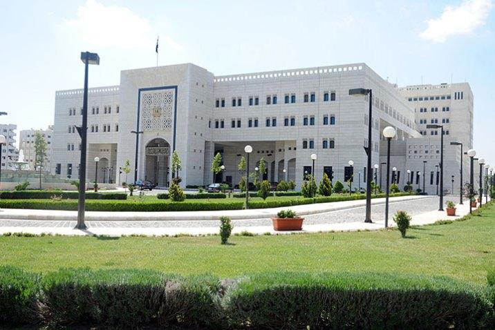 حكومة النظام توعز بافتتاح المنشآت السياحية والمراكز الثقافية ورياض الأطفال