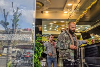 وزارة السياحة: مطاعم الوجبات السريعة خارج قرارات الإغلاق الجزئي