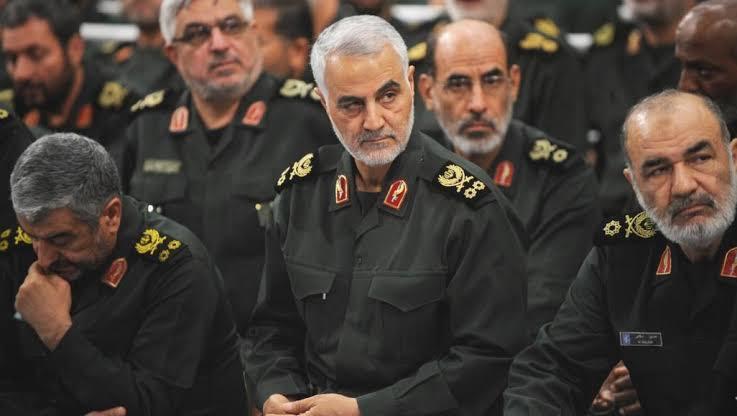 تقرير: سليماني قَتَل أحد أبرز قياديي حزب الله في سوريا داخل مكتبه في دمشق