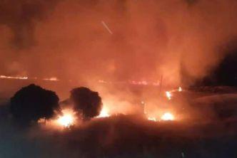 حرائق ضخمة في أراضي الغوطة الشرقية، والحرس الجمهوري أبرز المسؤولين عن إشعالها
