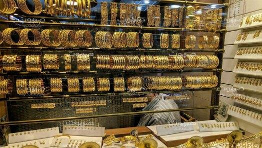 ارتفاع مستمر في سعر الذهب، وتحسن في قيمة الليرة السورية