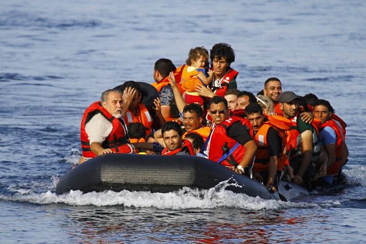 غالبيتهم سوريون.. أكثر من مليون لاجئ سيكونون بحاجة إلى إعادة توطين العام المقبل