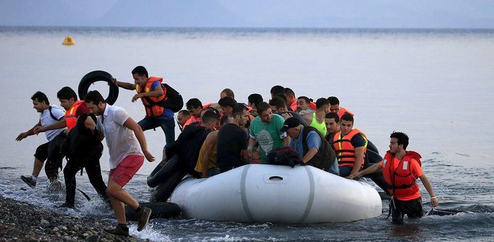 خلال يومين.. وصول عشرات المهاجرين إلى الجزر اليونانية