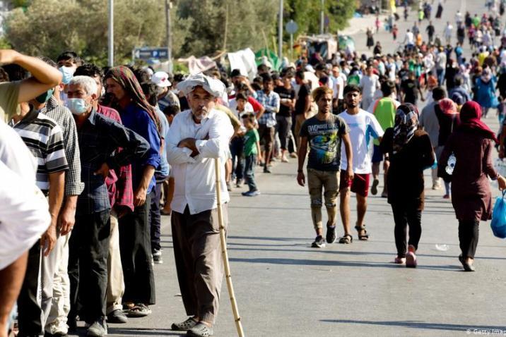 ألمانيا تعتزم استضافة نحو 1500 مهاجر من اليونان