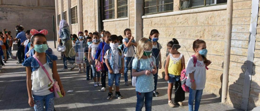 رغم التحذيرات وانتشار كورونا.. أكثر من 3 ملايين طالب يدخلون العام الدراسي الجديد