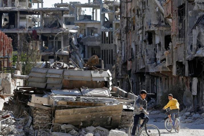 ضمن 3 شروط.. النظام يسمح لأهالي مخيم اليرموك بالعودة إلى منازلهم