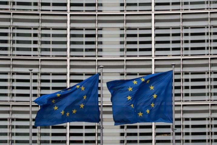 الاتحاد الأوربي يمدّد العقوبات على 5 مسؤولين في النظام